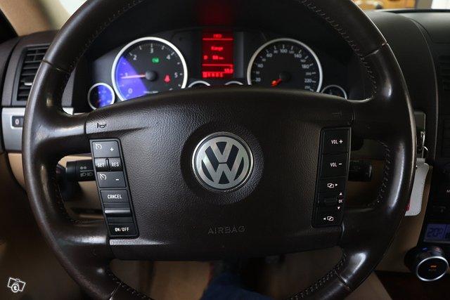 Volkswagen Touareg 21