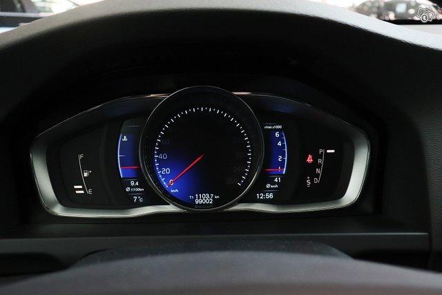 Volvo S60 23