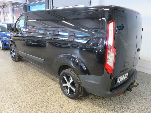 Ford Transit Custom 12