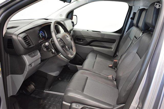 Opel Vivaro-e 6