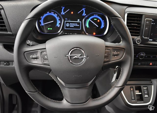 Opel Vivaro-e 7