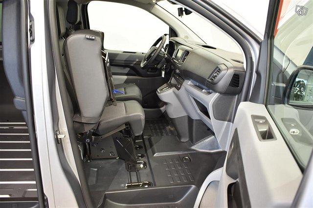 Opel Vivaro-e 23
