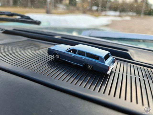Mercury Commuter 23