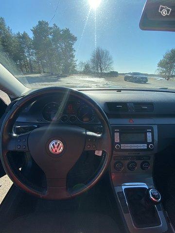 Volkswagen PASSAT 13