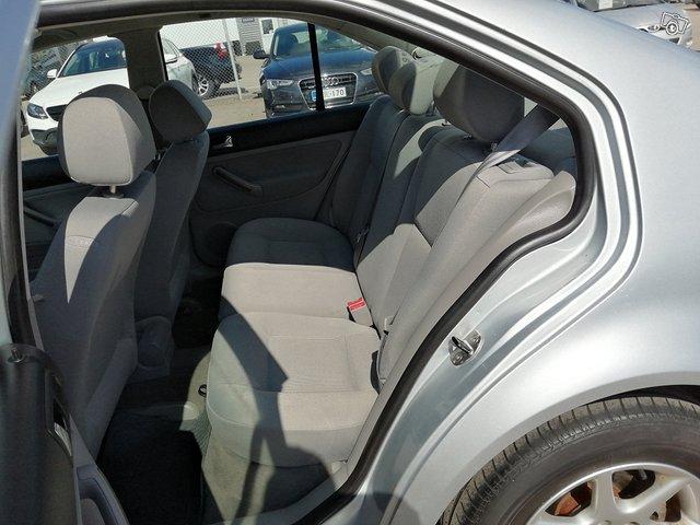 Volkswagen Bora 6