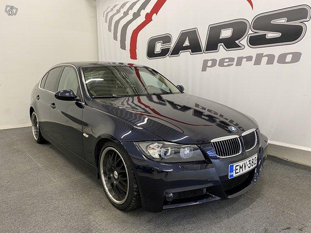 BMW 330i 2