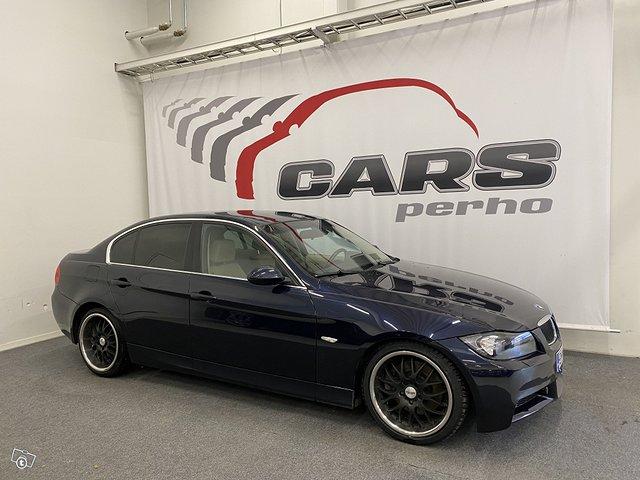 BMW 330i 4