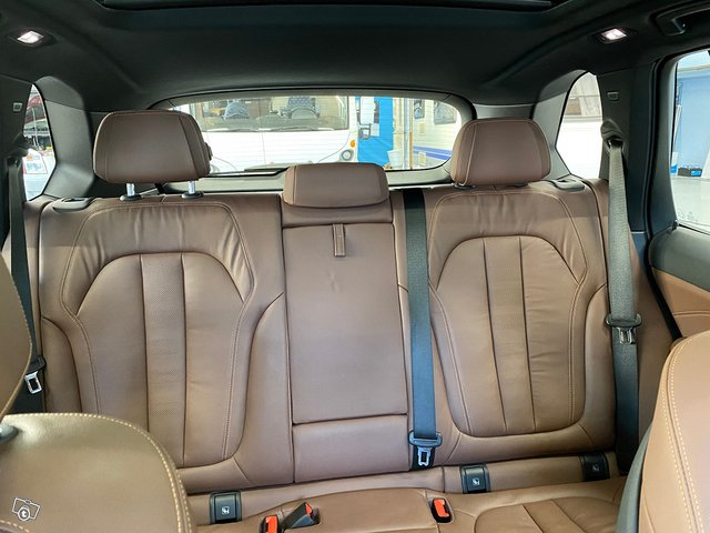 BMW X5 XDrive30d 16