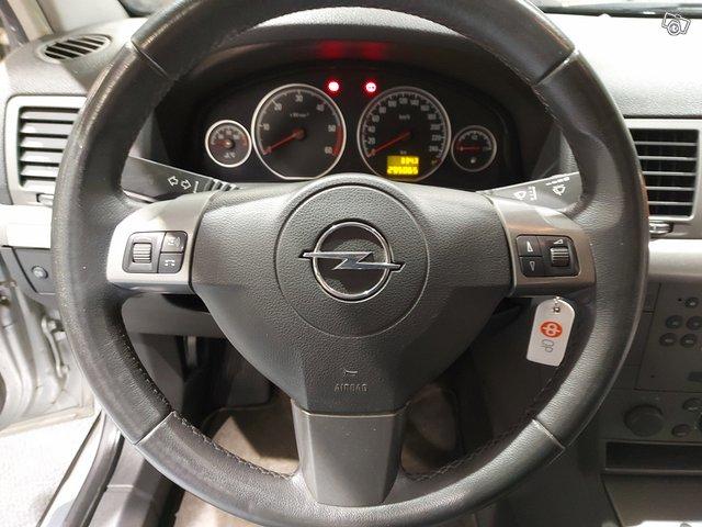 Opel Vectra Station Wagon 16