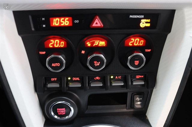 Subaru BRZ 14