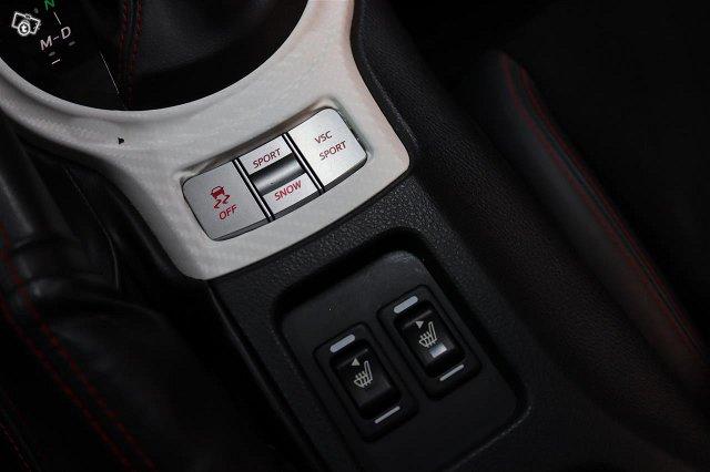 Subaru BRZ 17