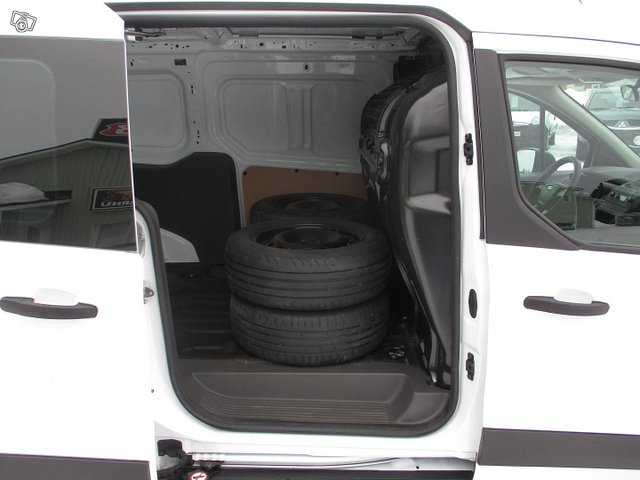 Ford Transit Connect 14