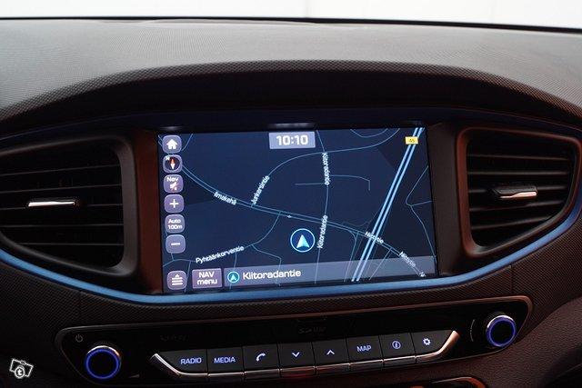 Hyundai IONIQ Plug-in 22
