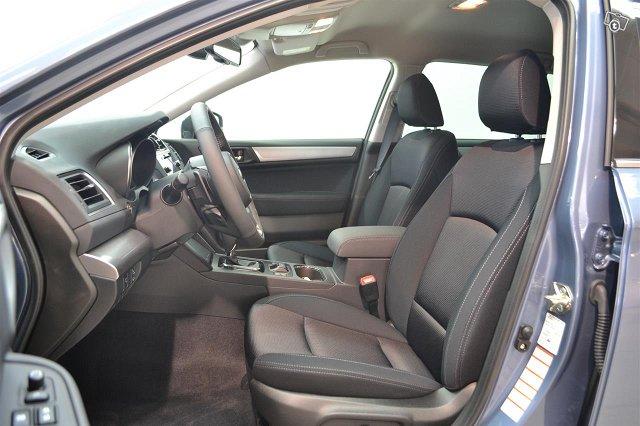 Subaru Outback 5