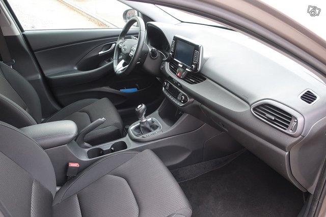 Hyundai I30 Fastback 5