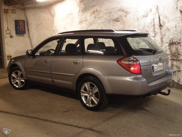 Subaru Legacy 19