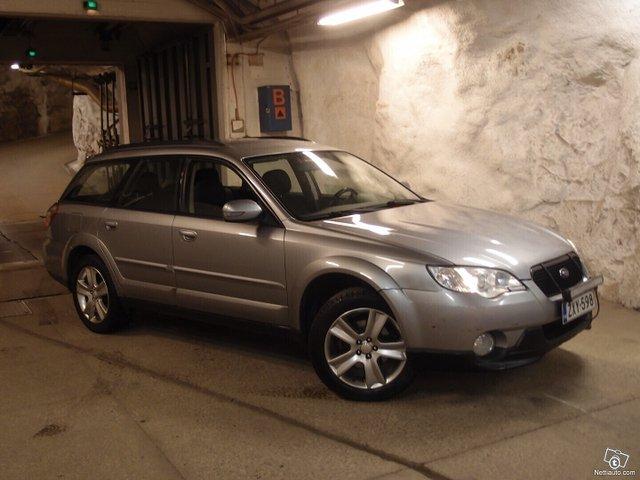 Subaru Legacy 25