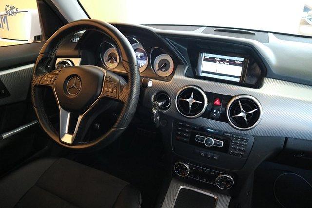 Mercedes-Benz GLK 11