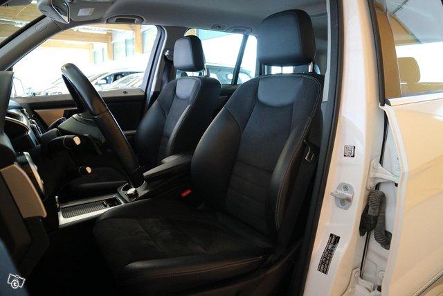 Mercedes-Benz GLK 13