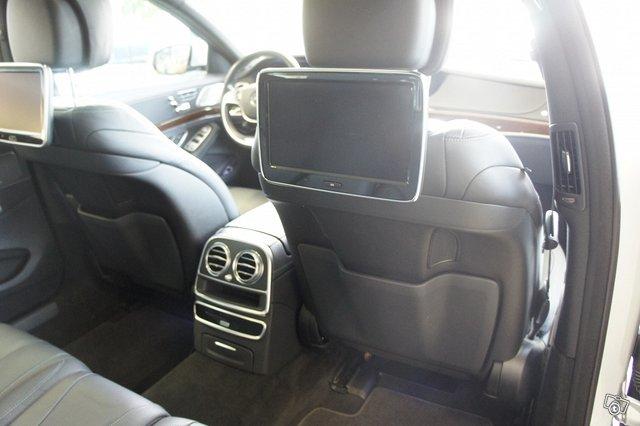 Mercedes-Benz S 13