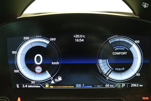 BMW I8 11