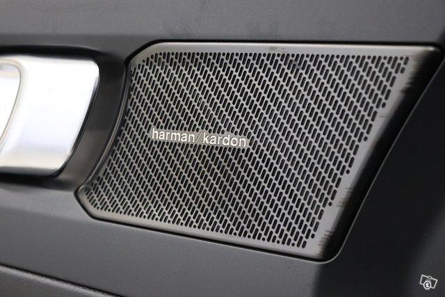 Volvo XC40 19