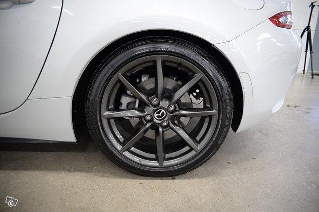 Mazda MX-5 15