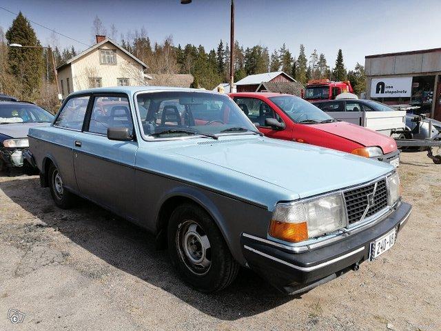 Volvo 240 2