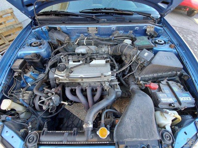 Mitsubishi Carisma 12