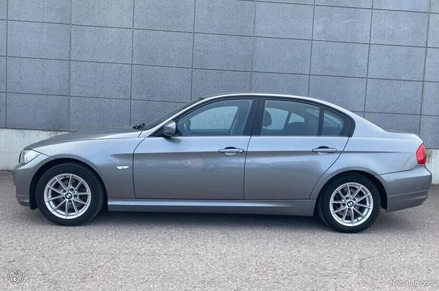 BMW 318 5