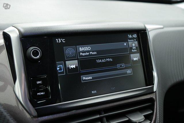 Peugeot 2008 15