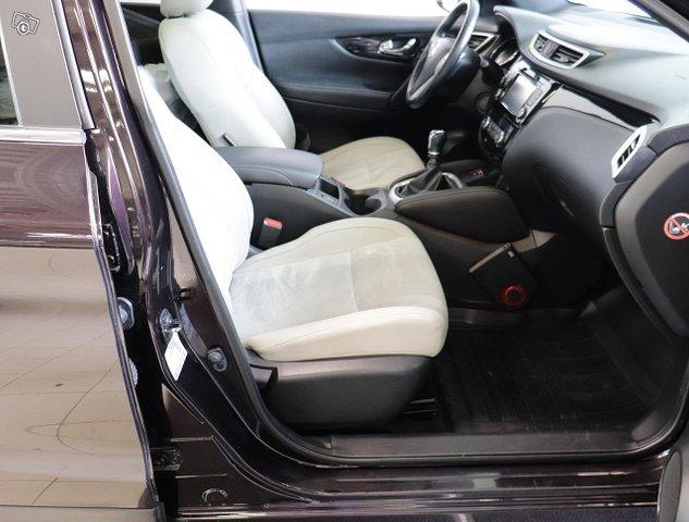 Nissan Qashqai 12