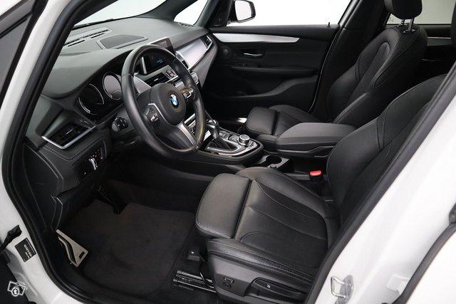 BMW 2-SARJA 11