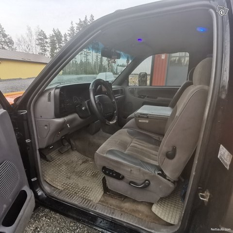 Dodge Ram 3500 18