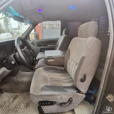 Dodge Ram 3500 20