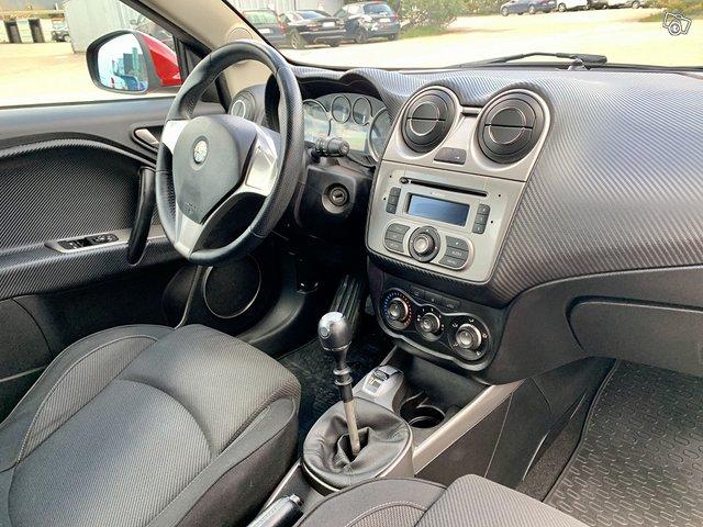 Alfa Romeo MITO 9