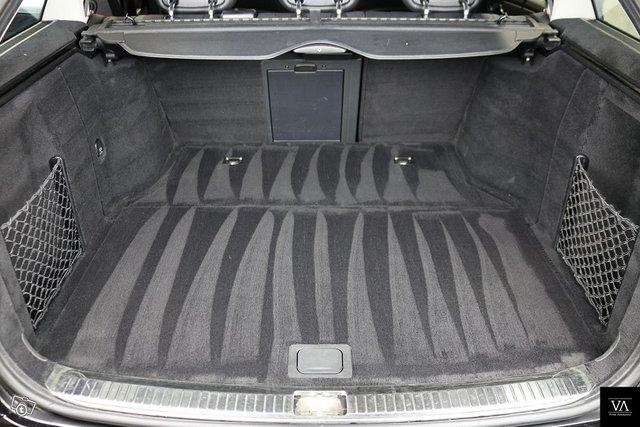 Mercedes-Benz C 55 AMG 8