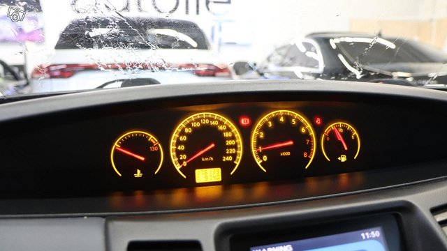 Nissan Primera 14