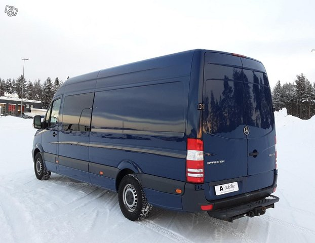 Mercedes-Benz Sprinter 13