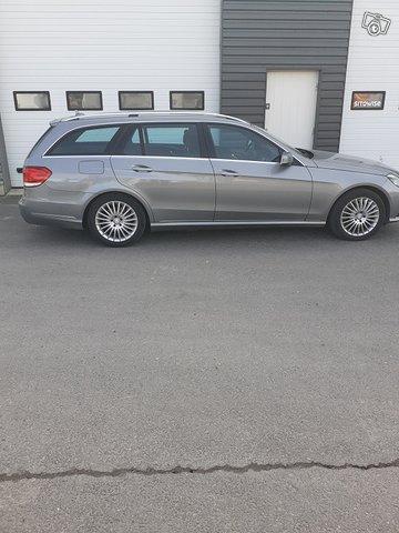 Mercedes-Benz E 200 CDI 3