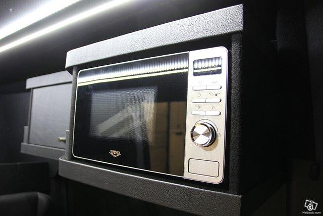Mercedes-Benz Sprinter 20