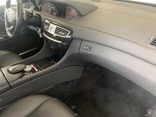 Mercedes-Benz CL 63 AMG 12