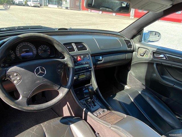 Mercedes-Benz CLK 55 AMG 6