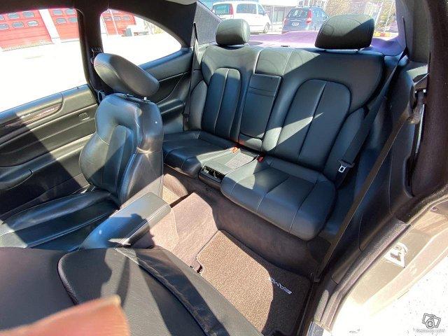 Mercedes-Benz CLK 55 AMG 7