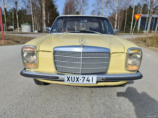 Mercedes-Benz 115 10