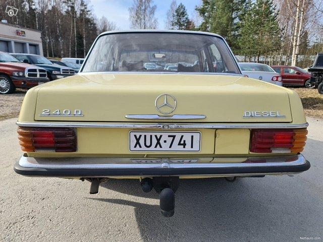 Mercedes-Benz 115 11