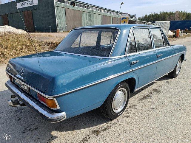 Mercedes-Benz 115 6