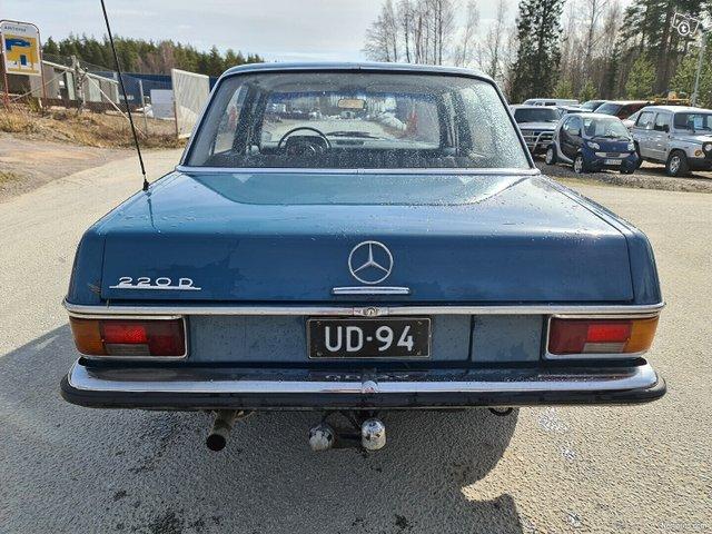 Mercedes-Benz 115 8