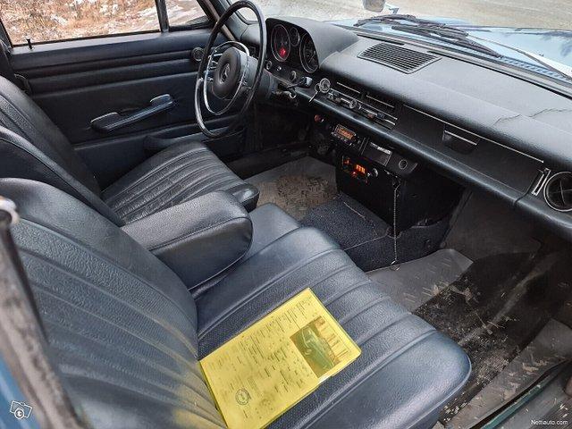 Mercedes-Benz 115 14