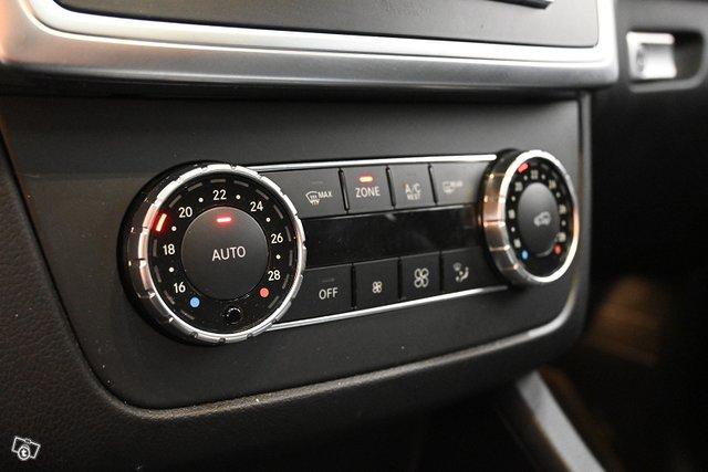 Mercedes-Benz ML 17